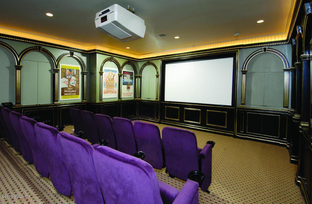 21 Vista Theater