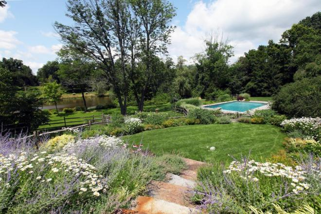 56 Clapboard Ridge Flowers Pool