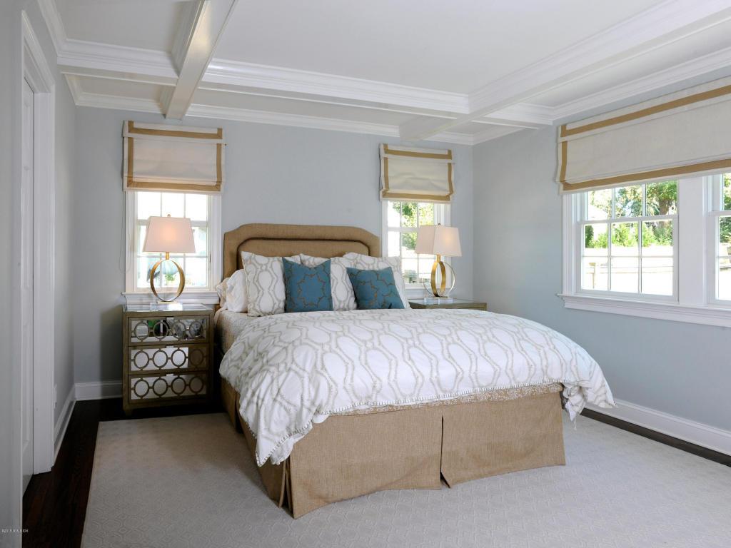 13 Center Road Bedroom