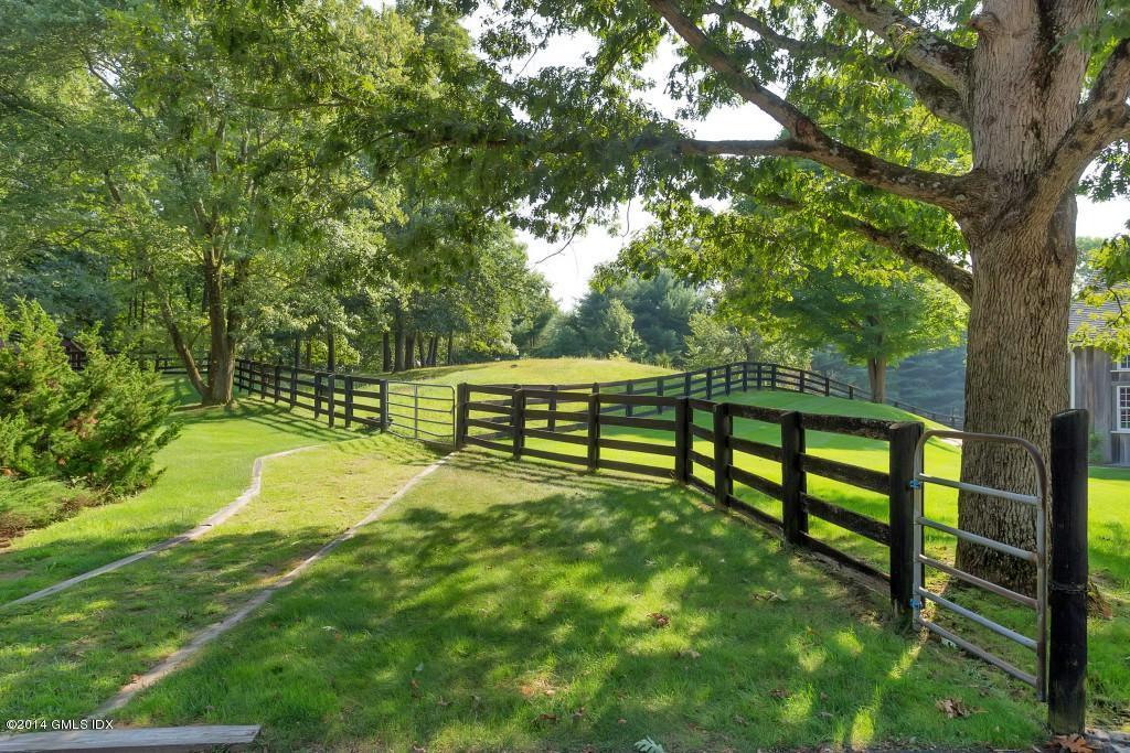 229  Bedford Fences - Copy - Copy