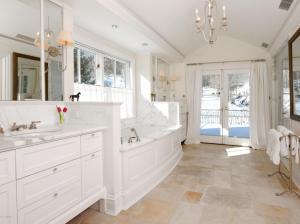 630 Lake Ave Master Bath