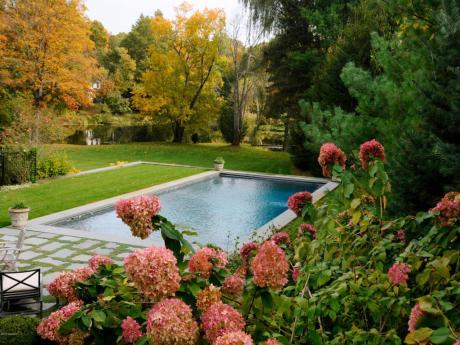 630 Lake Pool