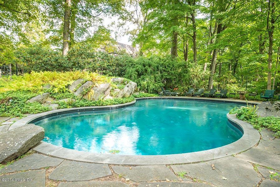 23 Khakum Wood Pool