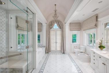 110 clapboard master bath