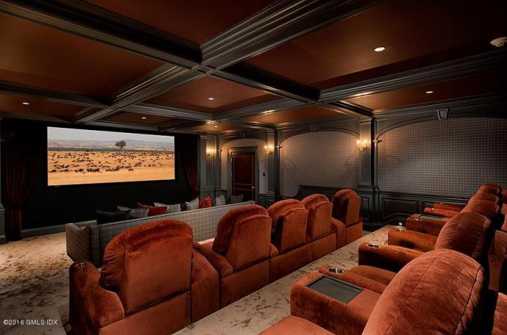 110 clapboard theater