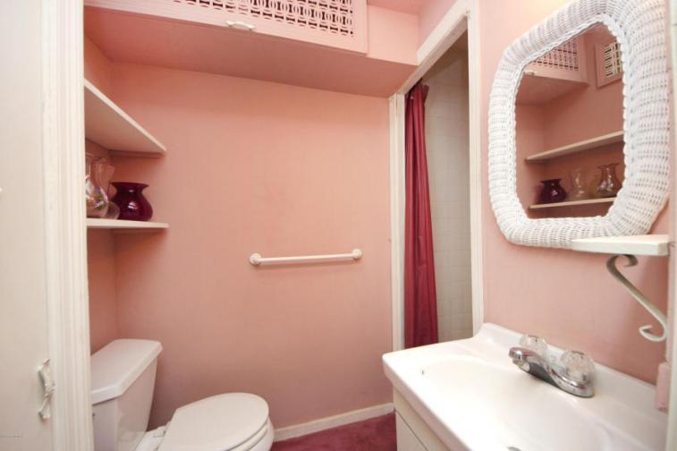 16 Cottontail Bath